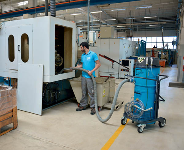 Industrial Vacuum Cleaners and Wet/Dry extraction systems | Kevac